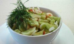 Огуречный салат «Пикантный»