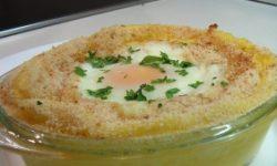 Яичница с картофельным пюре