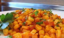 Консервированная кукуруза в томате