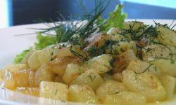 Горячий салат «Жареные огурцы с укропом»
