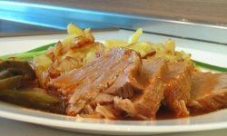 Говядина тушеная, с жареным картофелем
