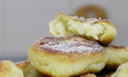 Пончики из картофеля с яблоком