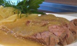 Отварная говядина с соусом Белое вино