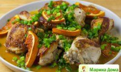 Курица, запеченная с кунжутом и соевым соусом
